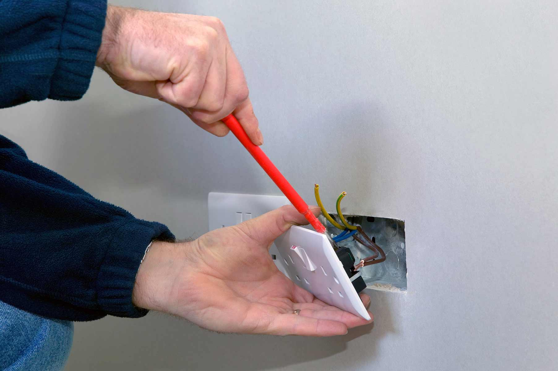 Our electricians can install plug sockets for domestic and commercial proeprties in Hendon and the local area.